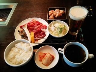 焼肉トラジ 京都店 - 『焼肉御膳』(1600円)と『生ビール』(620円)、『ホソ』(600円)~♪(^o^)丿