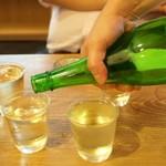 日本橋漁港 快海 - さっそく日本酒スタート
