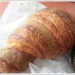 34747392 - たま木クロワッサン papiちゃんお買い上げのパン
