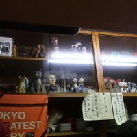 リッチなカレーの店 アサノ-狭い店内」