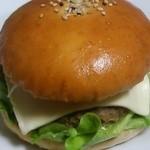 ベーカリースドウ - ハンバーガー