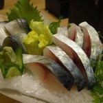 助六 - 「関サバ刺身」と「小肌酢」