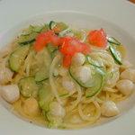 トラットリア&ピッツェリア ザザ - スパゲッティ 小柱とズッキーニのビアンコソース