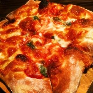 【本格】手ごねピザ
