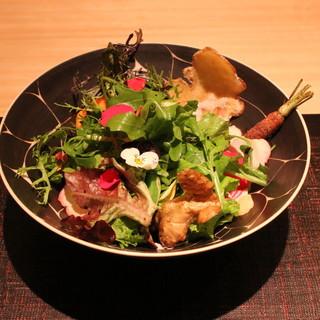 傳 - お姉さんの新鮮野菜のサラダ (2014/12)