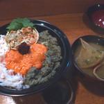 34772273 - 親蟹丼味噌汁付き