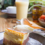 cocoo cafe - 本日のおやつはチーズケーキ