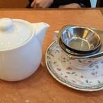 ペストリーショップ ラ・モーラ - 紅茶