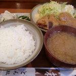とん松 - ヒレかつ定食