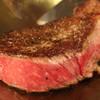 鉄板料理 八天 - 料理写真:極厚3cmの鉄板で「王道」のステーキを焼き上げる。