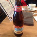 88tees CAFE - ハワイの地ビール、ロングボード。                             軽くて飲みやすい(^∇^)