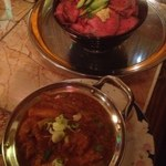 インディアンレストラン ジャキール - 野菜カレー、ローストビーフ丼