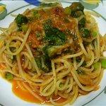 シーガル - 料理写真:桜えびの香り一杯のトマトスパゲッティ \ 920