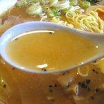 山ちゃん亭 - 黄金の白湯スープ