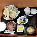 魚亭いいざか - 長男チョイスの天ぷら定食♪