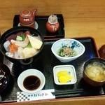 魚亭いいざか - 私はまたまた(笑)いいざか丼定食♪1350円