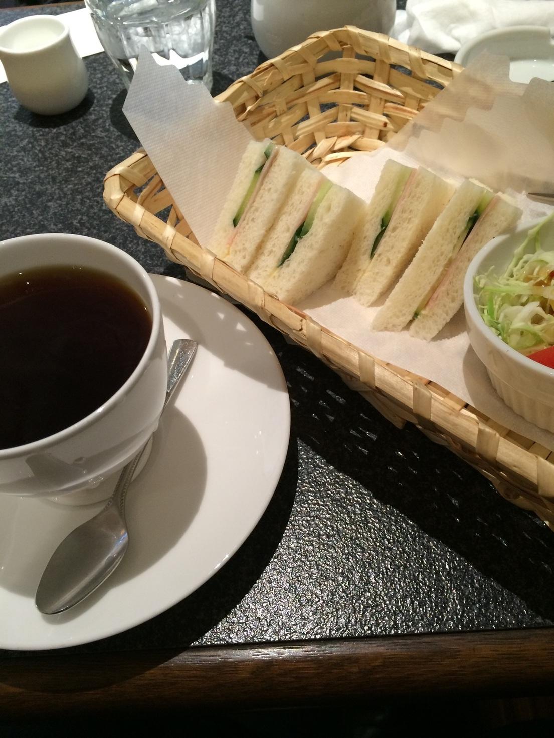 カフェ ド ウィーン