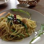 Nitaly - 季節食材のパスタ(ホタテと水菜のペペロンチーノ)