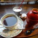 オールドミス 菊 - コーヒーお汁粉セット