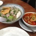 アムリタ食堂 - 屋台汁麺とカレー