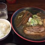 34796623 - 2015/2/4ど煮干しラーメン780円+ランチミニライス20円