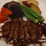 ビストロ クール - 奥出雲和牛のエスカロップ バルサミコソース(¥2,000)