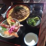 でん助茶屋 - ミニ海鮮丼とお蕎麦のセット(^∇^)