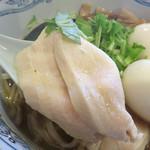 春光亭 - 低温調理風の鶏胸肉チャーシューはとってもしっとり。