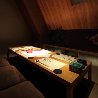 【全席個室】木の温もりと和の風情に満ちる全個室