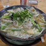 金閣寺 - 料理写真:野菜塩たんめん(800円)