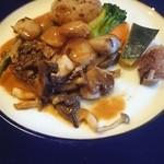 Dining Kitchen Pooh House - 猪のステーキ