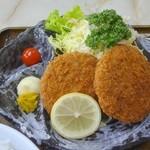 34819837 - メンチカツ定食(アップ)