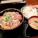 とん亭 - カツ丼定食