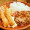 びっくりドンキー - 料理写真:ハンバーグと海老のプレート