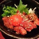 博多地鶏ともつ鍋専門店 三日月 - 炙り肝ユッケ♪