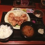 鳥どり - 唐揚げ食べ放題御膳!! 900円  ソースはポン酢、タルタルソース、辛味ソースが選べる。