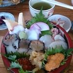 34833295 - 大漁丼