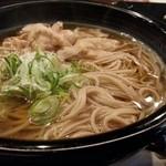 逸旬 - 肉そば(蕎麦の定食)