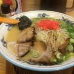 北海らーめん 喜龍 - 料理写真:豚骨ラーメンをいただきました