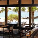 AMAネシア - 海を眺めながらのお食事は、ついつい時間を忘れてしまいそう...