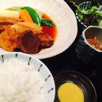 CADET 山田屋 - 豚角煮ランチ☆ 美味! 1080円