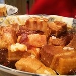 酒蔵 白龍 - 豚肉角煮  680円