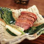 そば処 和照居 - 鴨ロース(燻製)の胡椒焼き☆
