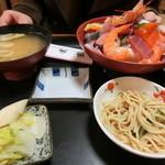 栄家 - 海鮮丼 全貌 これで750円