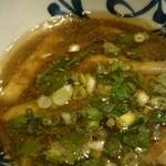 周月 - つけ麺大盛り(つけダレ)