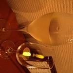 イタリア酒場 ヴィノ カサノバ - プロセッコエクストラドライ(700円)