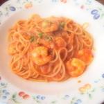 綺羅々亭 - 小エビのトマト風味のクリームパスタ