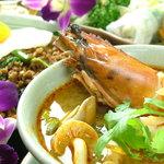 アジアティカ - 【トム・ヤム・クン】酸っぱくて辛い、世界三大スープ♪
