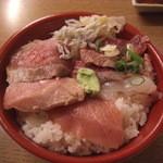 立飲み1・2・3 - 海鮮丼\500