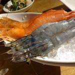 34855598 - 宴会コース 天使の海老のお刺身、紅牡丹海老のお刺身